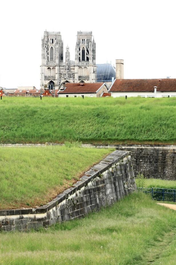 TOUL 105 BALADES en FRANCE - Beaute et Paysages de notre Belle France
